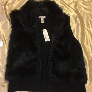 Faux Fur Arizona Jean Co. zip up vest.